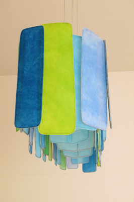 grote-hanglamp-the-radiant-blue-leaves-zijkant-zonder-licht