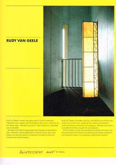 staande-lamp-between-two-tracks-publicatie